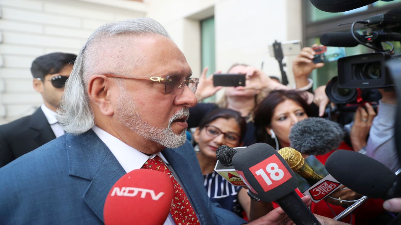 Vijay Mallya arrives at Westminster Magistrates court in London, Britain. (Image source: Reuters)