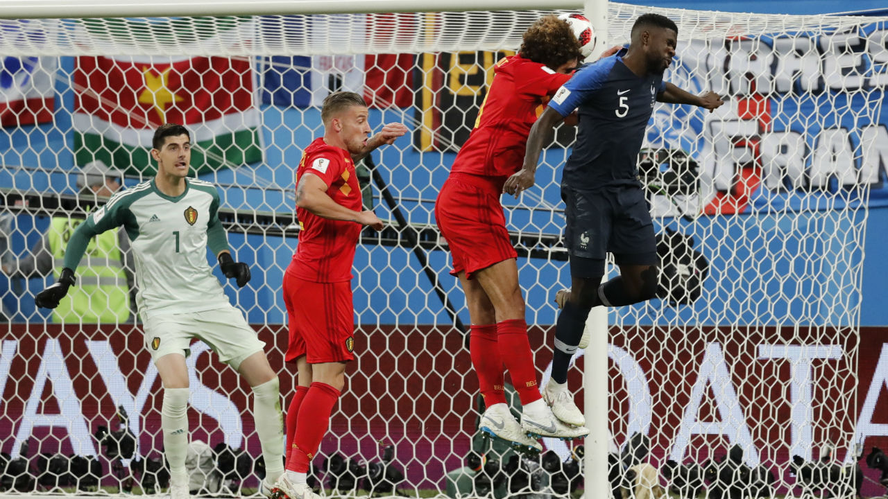 Goal! France 1 – 0 Belgium | Antoine Griezmann curled in a corner from the right in the 51st minute and Samuel Umtiti managed to sneak ahead of his marker Marouane Fellaini to head the ball into the back of the net. France finally had their goal and it came through a set piece.
