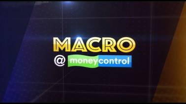Macro@Moneycontrol | Amid weakening rupee, when to buy dollars if you are travelling abroad?