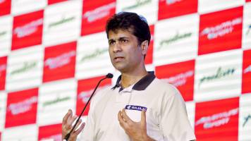 I will make scooters when Royal Enfield makes scooters: Rajiv Bajaj to shareholders