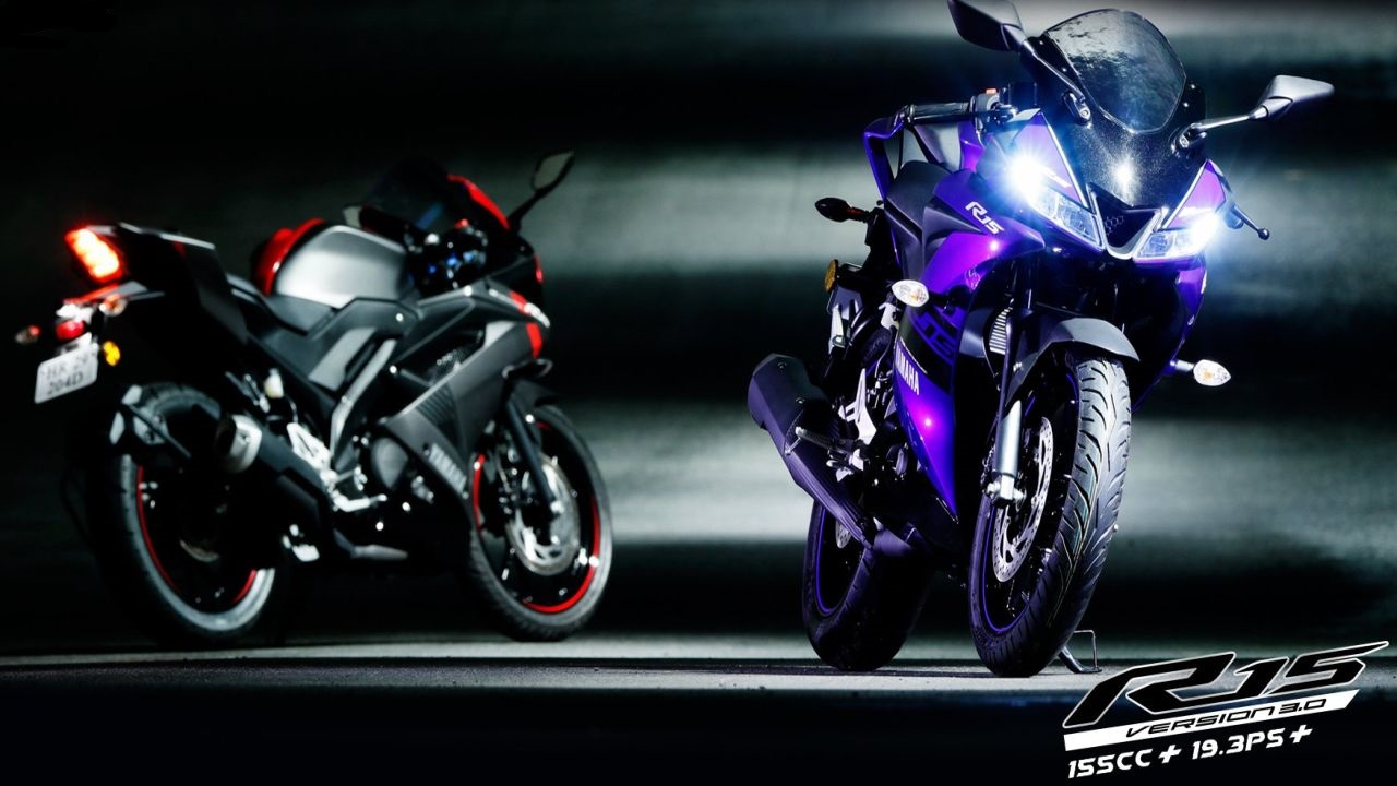 Yamaha YZF-R15 V3 | The YZF-R15 was launched at the 2018 Auto Expo. It is a huge leap over the previous generations of R15s whether in terms of styling or performance. The design takes inspiration from the current generation of the YZF-R1 superbike. The new Yamaha is powered by a 155 cc engine producing 19.3 PS of power and 15 Nm of torque. The bike is capable of achieving top speeds of 151 km/h and is priced at Rs 1.25 lakh (ex-showroom). (Image source: Yamaha)