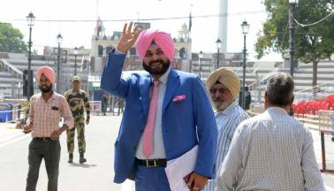 Sidhu hopes Imran Khan's accession to PM's post will be good for Pakistan, India peace process