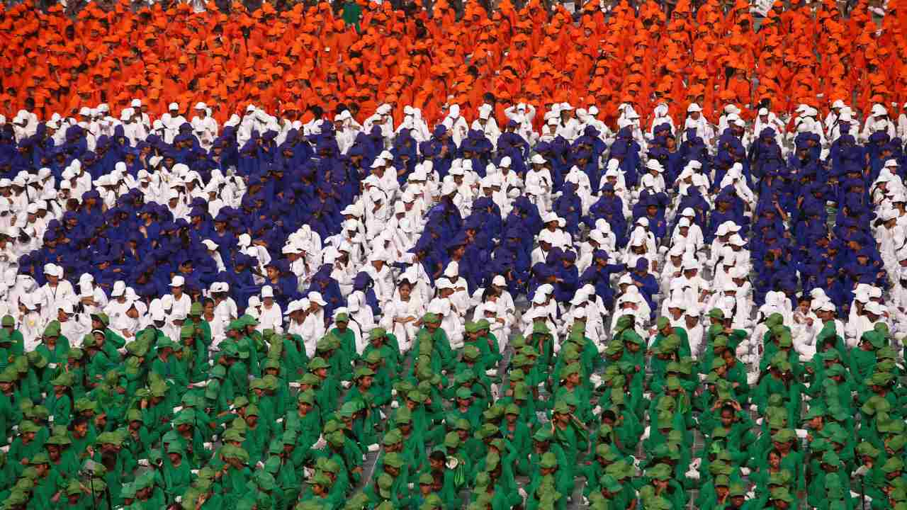Schoolchildren listen as PM Narendra Modi (not pictured) addresses the nation during Independence Day celebrations at the historic Red Fort in Delhi, India. (Reuters)