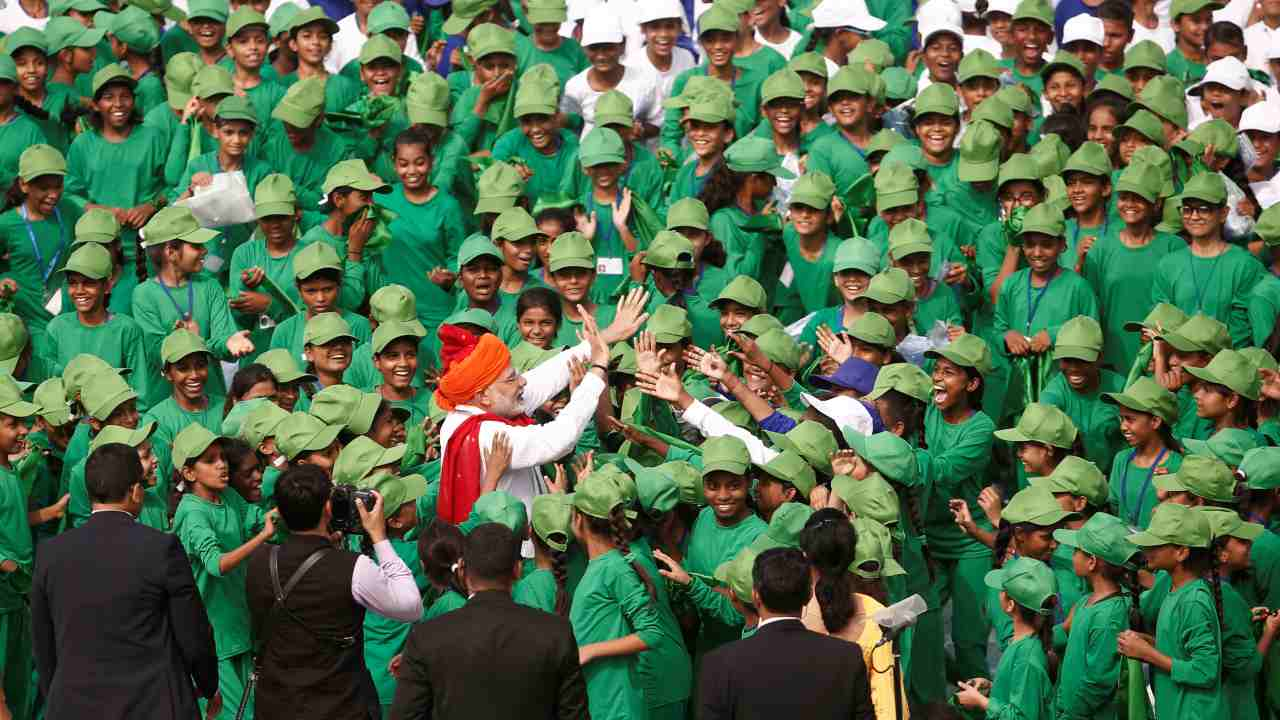 PM Modi meets schoolchildren after addressing the nation during Independence Day celebrations in New Delhi, India. (Reuters)