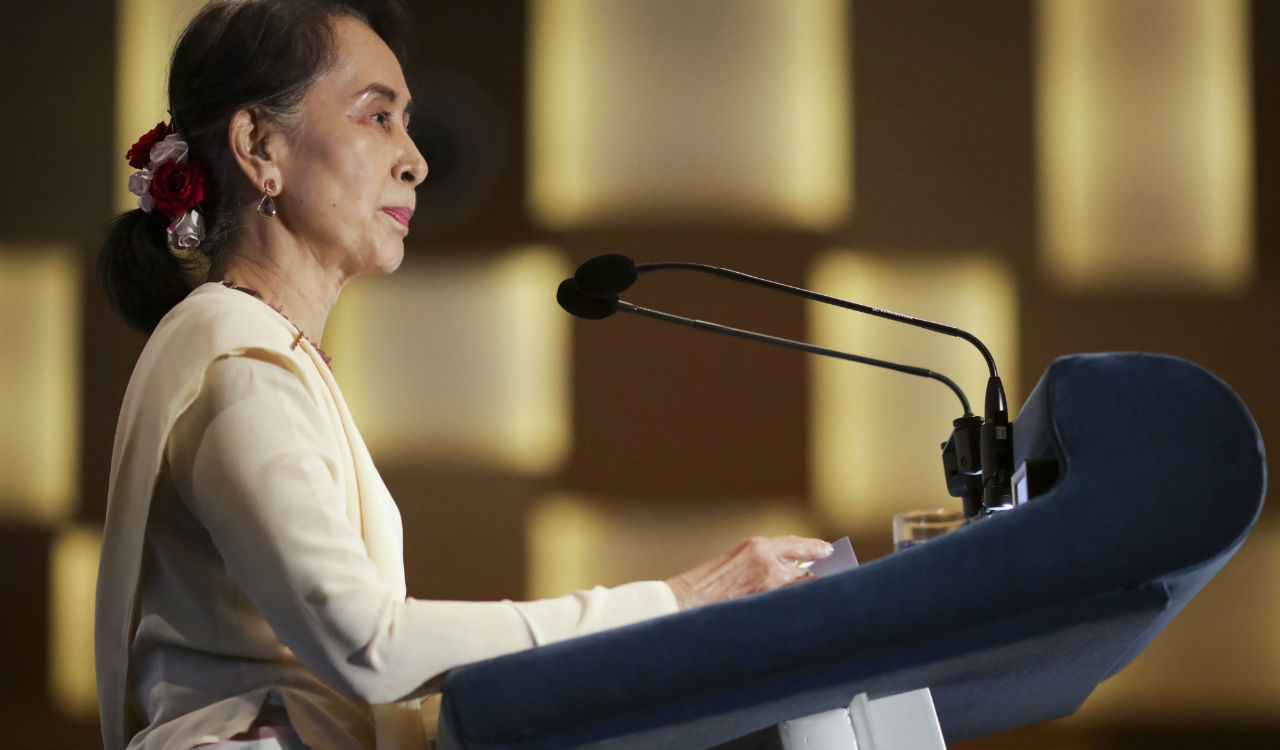 "Myanmar's leader Aung San Suu Kyi delivers a lecture titled ""Myanmar's Democratic Transition: Challenges and Way Forward"" at the 43rd Singapore Lecture organized by the Institute of South East Asian Studies or ISEAS Yusof Ishak Institute in Singapore. (Reuters)"