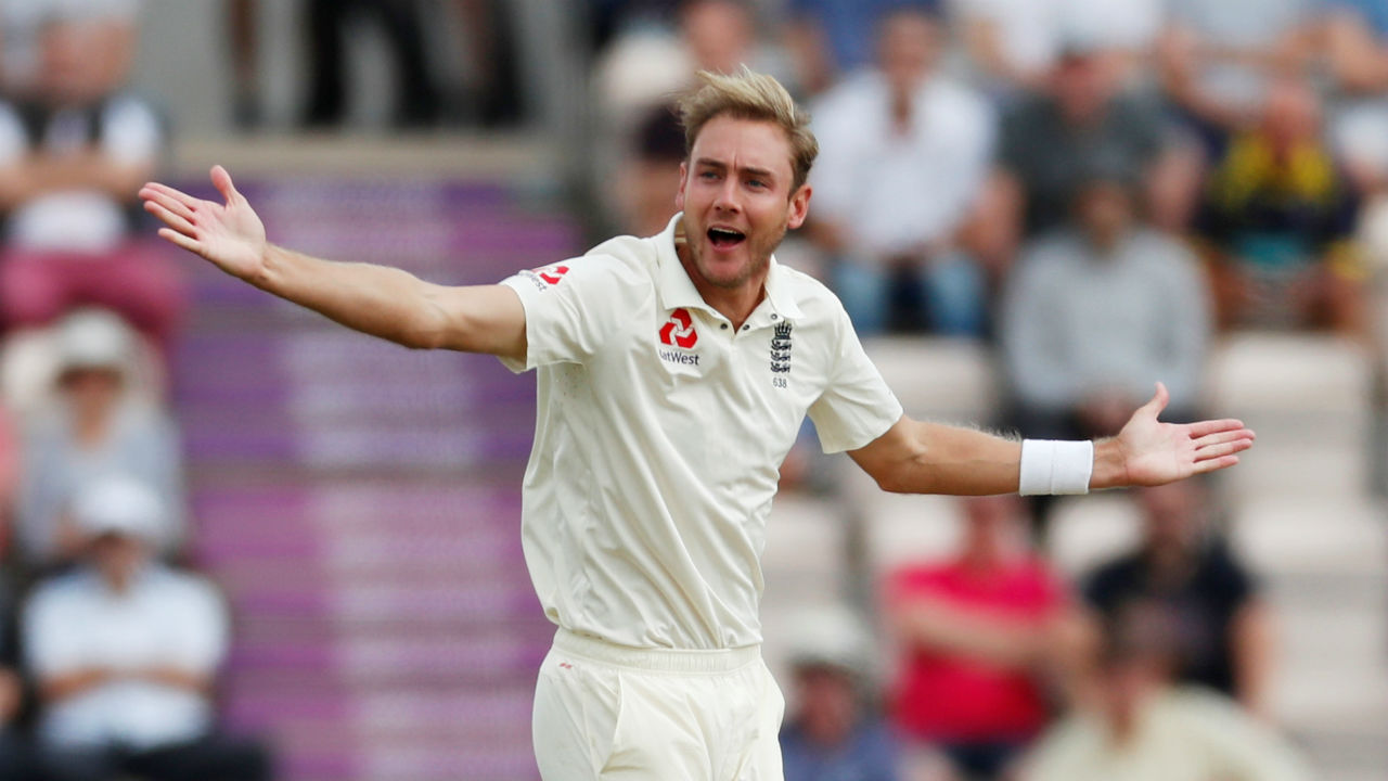 England pacer Stuart Broad got the Three Lions off to good start on Day 2 as he picked up the wickets of Indian openers Shikhar Dhawan and K L Rahul. India was restricted to a score of 50/2 by 18th over. (Image - Reuters)