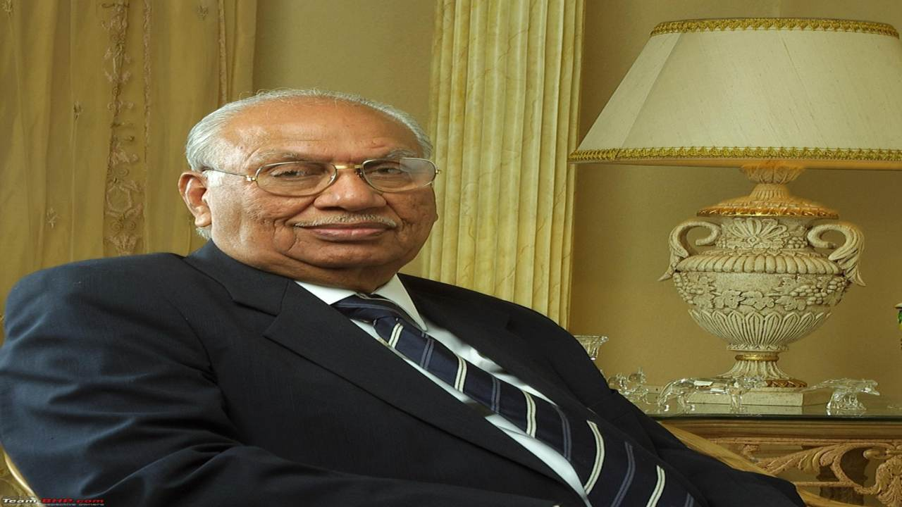 Q3. Dr. Brijmohan Lall Munjal was founder and patriarch of which company? (Image: Twitter)