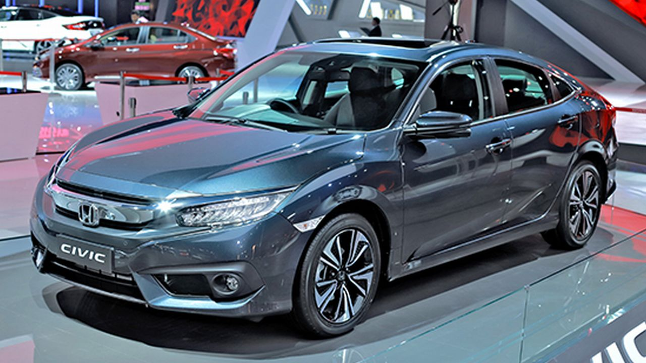Honda Civic facelift revealed; gets Honda's Sensing suite of safety features