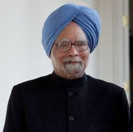 RBI-Finance Ministry ties have hit a low, says Manmohan Singh