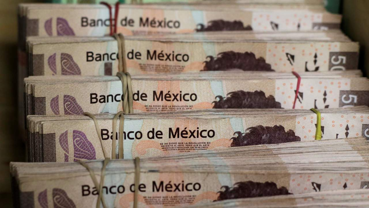 Ahead of its general elections, in 1994, the Mexican government looked to attract foreign investment with the issuance of short-term debt instruments that guaranteed a repayment in US dollars. But political disruptions in the country caused the risk premium on Mexican assets to increase. To prevent the flight of capital and keep the value of the Peso pegged to the dollar, the Mexican government began to issue public debt in dollar denominations that would buy the Mexican Peso. With this artificial intervention, the Peso strengthened and the demand for imports into Mexico increased. To ensure that the money supply in the economy was intact and interest rates do not rise, Mexico began to buy more dollar-denominated debt and service the earlier debt floated, depleting its own reserve of dollars. Once these reserves were depleted, the bank raised interest rates, which further hurt the economy as borrowing became expensive. The Peso was eventually allowed to float, leading to its hyperinflation of 52 percent. Eventually, Mexico's banking system collapsed over multiple mortage payment defaults, and the country went into severe recession, with unemployment and poverty at peak levels. Mexico was bailed out by the US to the tune of $50 billion in January 1995. (Image: Reuters)