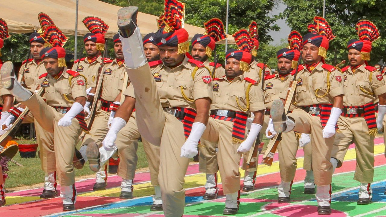 Jammu and Kashmir Police recruits during a passing out-cum-attestation parade at Vijaypur Police Training School, about 35km from Jammu. (Image Source: PTI)