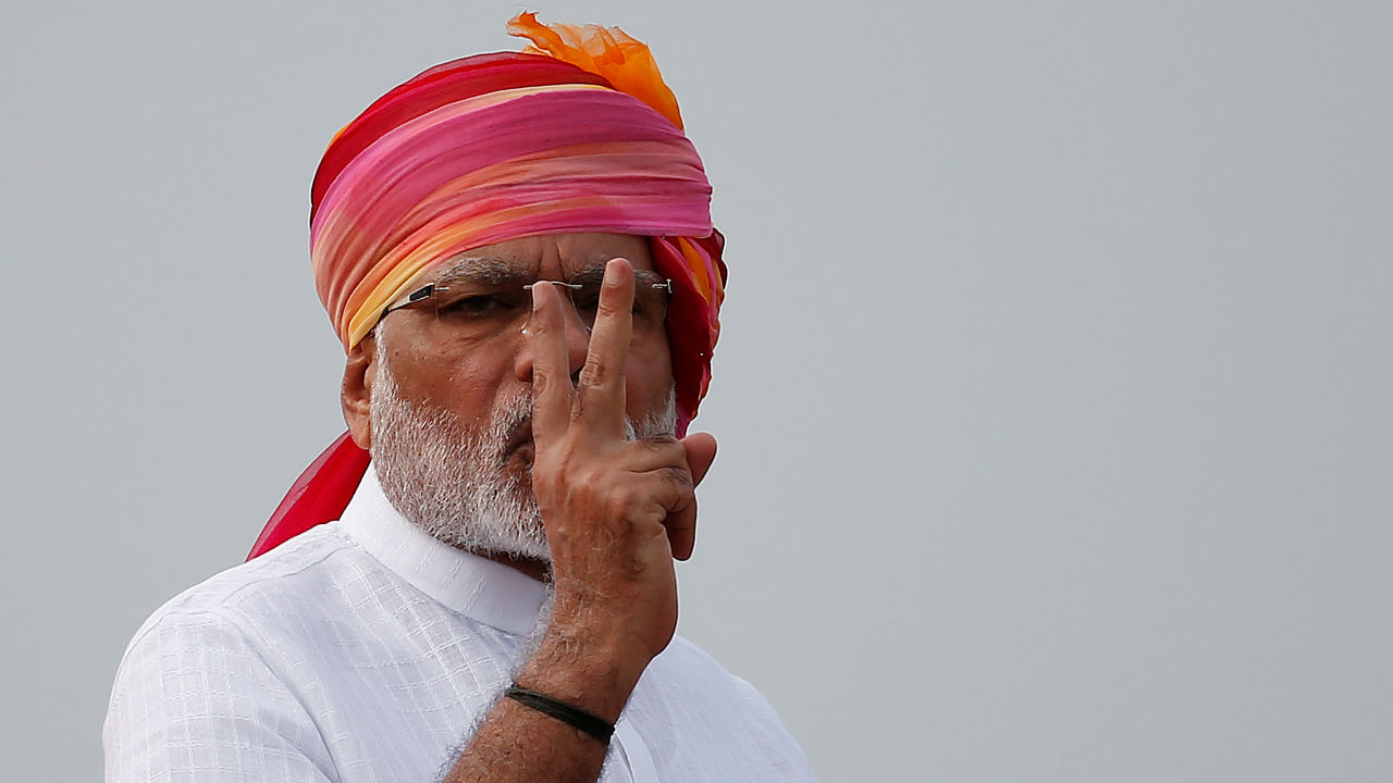 Narendra Modi broke a 26-year old tradition of not giving extempore speeches, which was established after Rajiv Gandhi called Independence Day, Republic Day in a speech