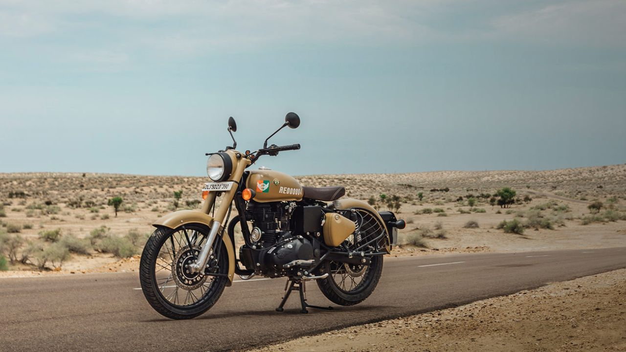 There are not too many mechanical changes to the Signals. The vehicle retains the 364cc air-cooled single-cylinder from the Classic 350 producing 19.8 hp and 28 Nm of peak torque. Transmission comes via a five-speed gearbox. (Image: Royal Enfield)