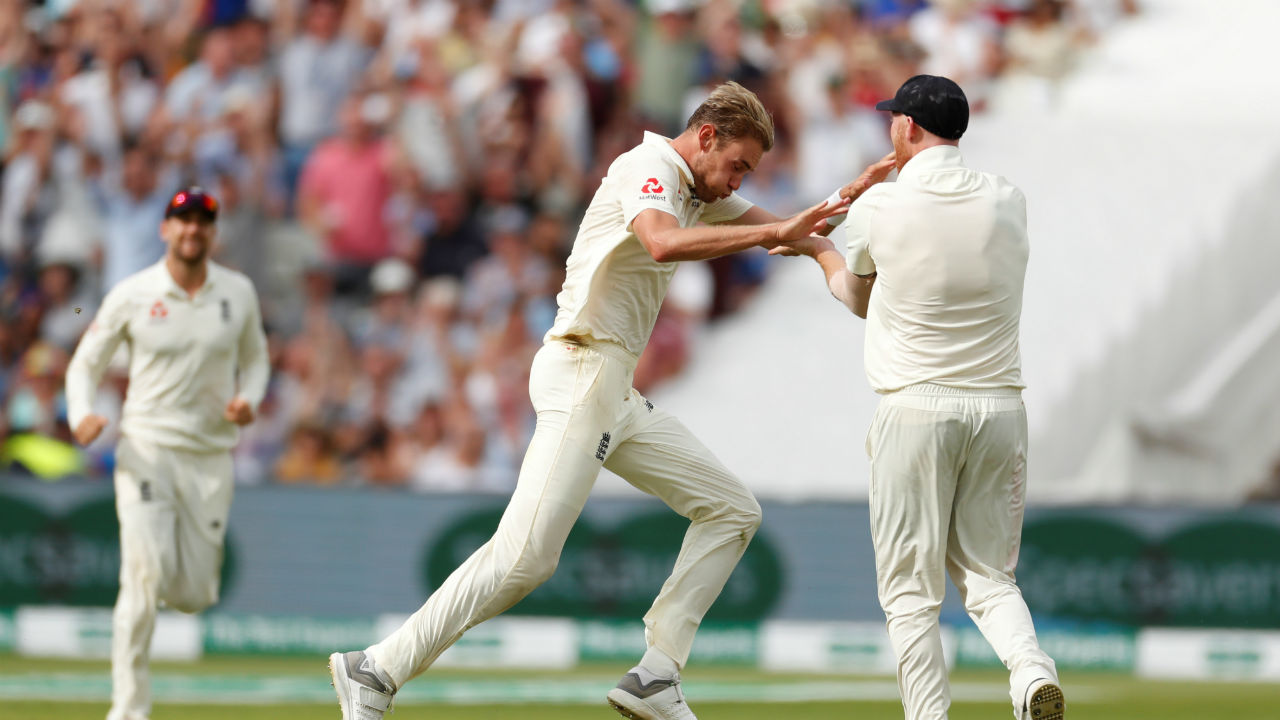 Stuart Broad took two quick wickets of openers Murali Vijay and Shikhar Dhawan early in the second innings to give England a chance to win the Test match. (Image: Reuters)