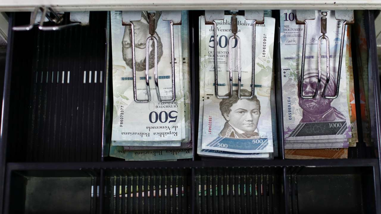 Similar to the currency crises of Zimbabwe and Germany, Venezuela is bracing itself for the eventuality that Inflation will hit one million percent in 2018. The International Monetary Fund (IMF) has issued a warning on the same, while the price of food and medicines continue to skyrocket, creating a shortage and a humanitarian crisis in the in the socialist country. Venezuela's economy contracted by 40 percent in the last five years over increasing authoritarianism leading to a state control of the economy, and a drop in oil output to a 30-year-low. The oil sector, which accounts for 95 percent of the country's exports, are seen a dismal rate of production over the driving out of private players and the crumbling of the sector's infrastructure. President Nicolas Maduro's idea of lopping off three zeroes from the end of the currency is seen as a cosmetic effect by many. (Image: Reuters)