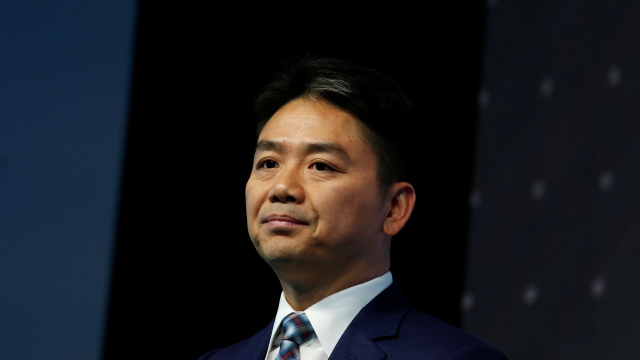 Q15. Liu Qiangdong also known as Richard Liu, is a Chinese Internet entrepreneur. Which company does he lead? (Image: Reuters)
