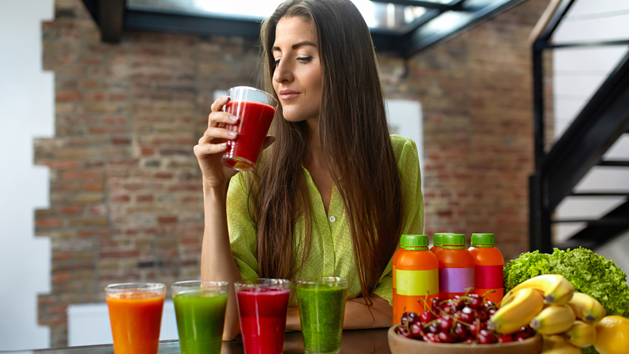Detox Diet: Don't go on a guilt trip, if you over-indulged in a party the previous night. You can compensate by eating only fruits or soup the following day, as per this diet. But, it will land you in a fix. Going on a detox diet can lead to acidity, headaches and fatigue, even if it is followed for just a day. If continued for long, it can deprive you of important nutrition.