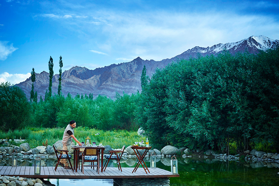 Thiksey Chamba Camp, Ladakh: The luxury suite tents here are tastefully furnished and spacious. They give you panorama view of the mystical mountains encircling the location. From king sized beds to stylish bathrooms, the triple layered tents have everything, along with natural insulation. There is a presidential suite tent that will make your experience simply mesmerising.  Well, now that's what camping with glamour is all about.