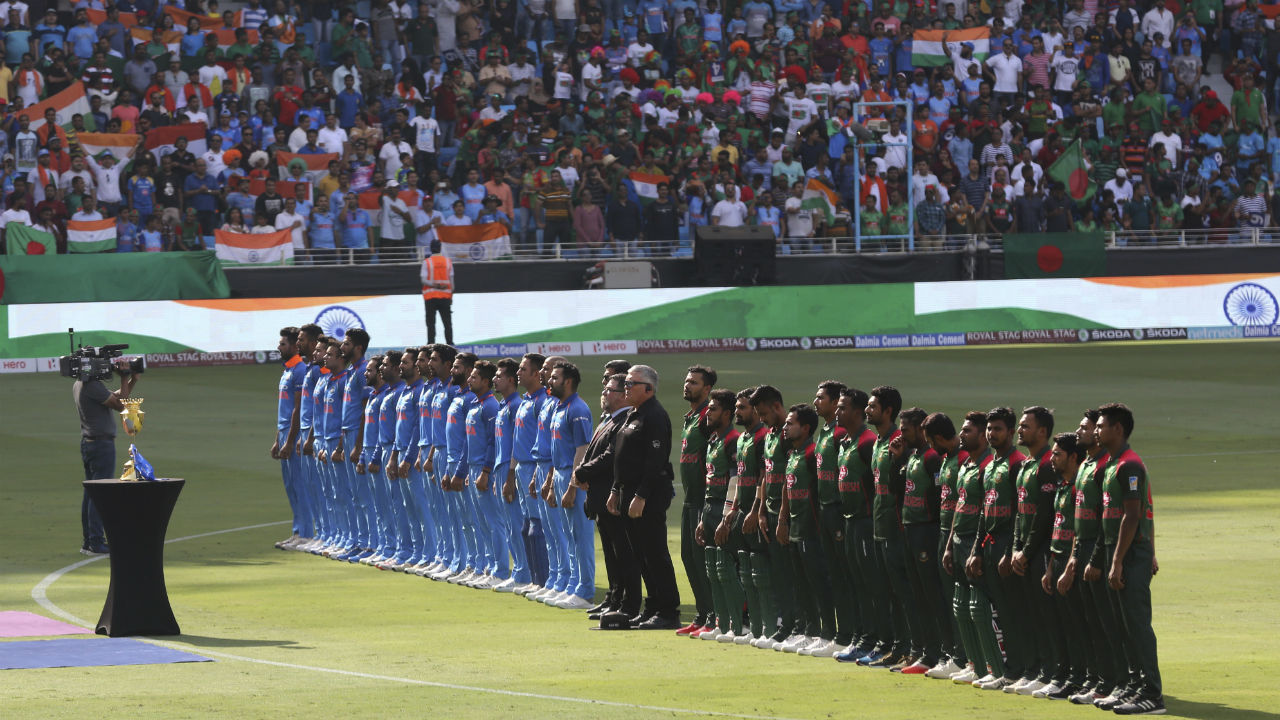 India squared off against Bangladesh in the final of the Asia Cup 2018. For the all important final big names in the Indian squad made their way back into the playing XI. Rohit Sharma returned as the captain along with his deputy Shikhar Dhawan. In the bowling department Jasprit Bumrah and Bhuvneshwar Kumar too retured to the fold. Rohit Sharma won the toss and opted to field first. (Image: AP)