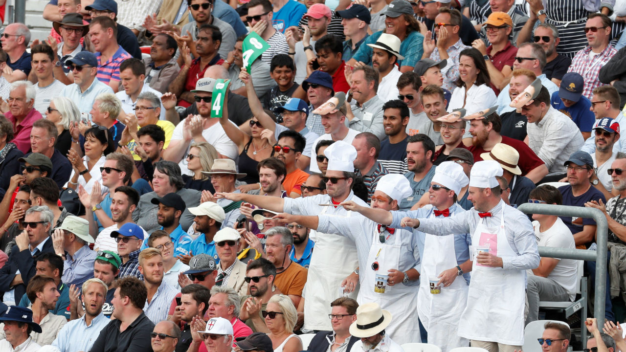Few England supporters were dresses in a chef's uniform in order to pay tribute to Cook who's nickname is chef. (Image: Reuters)