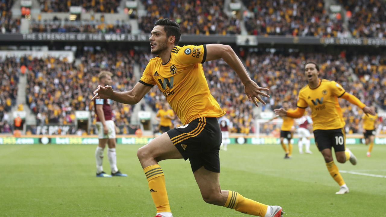 Wolverhampton Wanderers 1-0 Burnley | Wolverhampton Wanderers registered back to back wins in premier league when they got better of a troubled Burnley side at Molineux Stadium.  The only goal of the lopsided match came in 61st minute when Matt Doherty cut back  to Wolves' forward Raúl Jiménez  who then put the ball into the far corner of the goal post.  The result lifts Wolves up to ninth, following their win over West Ham prior to the international break, and leaves Burnley in the bottom three, with only one point, and desperately needing a result to kick start their season.  (Image: AP)