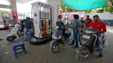 Petrol soars to Rs 90.57/litre in Mumbai, Rs 83.22/litre in Delhi