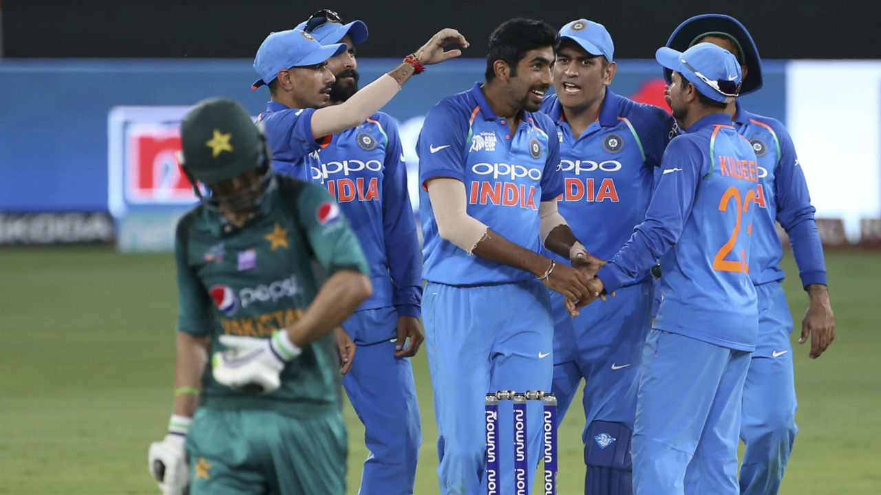 Jasprit Bumrah then got the vital wicket of Malik in the 44th over when he angled a ball into the batsman which Malik edged to Indian wicket-keeper M S Dhoni. Malik was dismissed on a personal score of 78 and Pakistan's score read 203/5. (Image: AP)