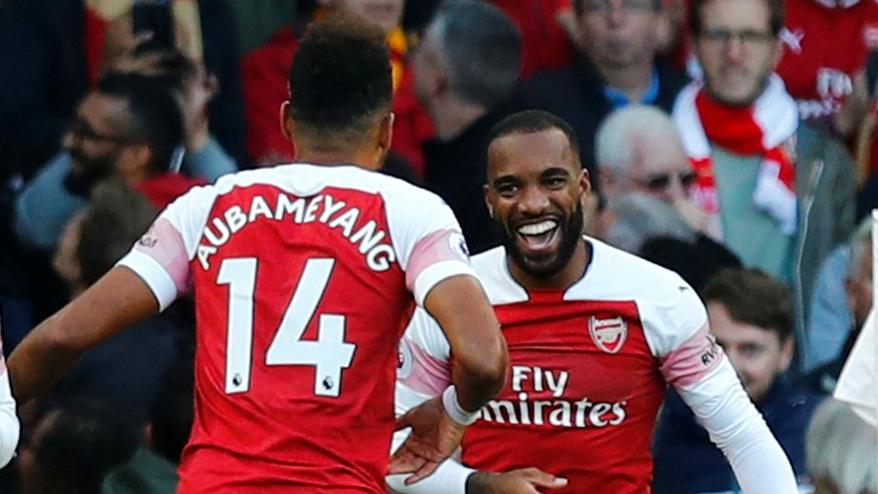 Arsenal 2 - 0 Everton | Two goals in three second-half minutes gave Arsenal a 2-0 vwin over Everton at the Emirates Stadium and took them up to sixth in the Premier League standings. Alexandre Lacazette broke the deadlock with a swerving finish that flew into the top corner before Pierre-Emerick Aubameyang -- in an offside position not seen by the officials -- grabbed the second. Arsenal had survived a scare in the opening couple of minutes when Dominic Calvert-Lewin, found by Tom Davies, was unable to round Petr Cech with Richarlison waiting in the middle. (Image: Reuters)