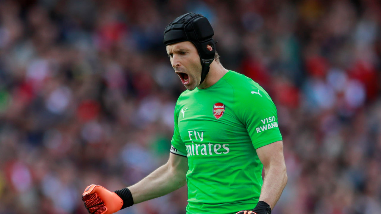 Petr Cech holds the record for most premier league clean sheets. He has kept a record 201 clean sheets for Arsenal and Chelsea. (Image - Reuters)