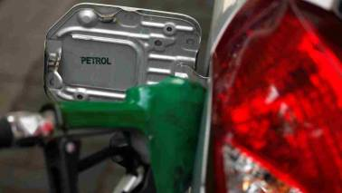Petrol touches Rs 90.84/litre in Mumbai, Rs 83.49/litre in Delhi