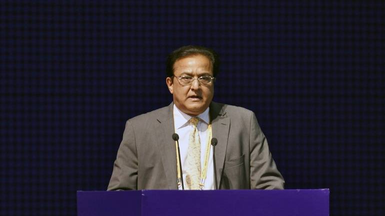 Soft and safe landing for Yes Bank; can't have better pedigree than SBI as investor: Rana Kapoor thumbnail