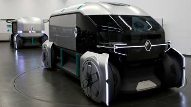 Renault's futuristic EZ-Pro is a delivery vehicle that looks like a lunchbox