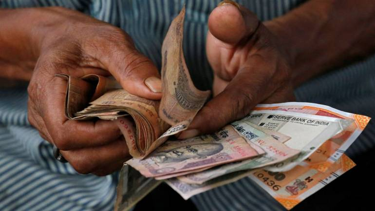 indian rupee opens higher at 69 8 10 yr bond yield at 7 37