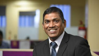 Investors should consider short duration funds amid rupee fall and FII outflows: Sampath Reddy
