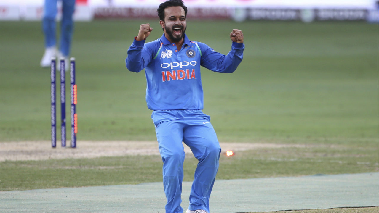 Kedar Jadhav got the next breakthrough when he dismissed Henry Nicholls in the 24th over. He was helped by Kuldeep Yadav who took at absolute blinder at midwicket taking the catch just as the ball was going past him. Mohammed Shami then returned to the attack and trapped Mitchell Santner plump in front of the wickets in the 30th over to reduce New Zealand to 133/6. (Image: AP, file photo)