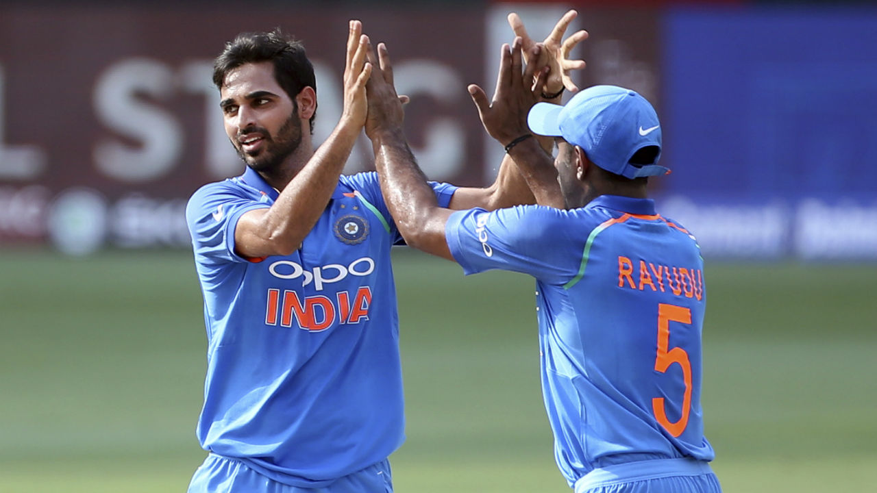 Bhuvneshwar Kumar drew first blood when he dismissed opener Liton Das in the 5th over. Bhuvneshwar sent down a well-directed bouncer and Liton went for the pull but top edged the ball straight to Kedar Jadhav at deep backward square leg. (Image: AP)