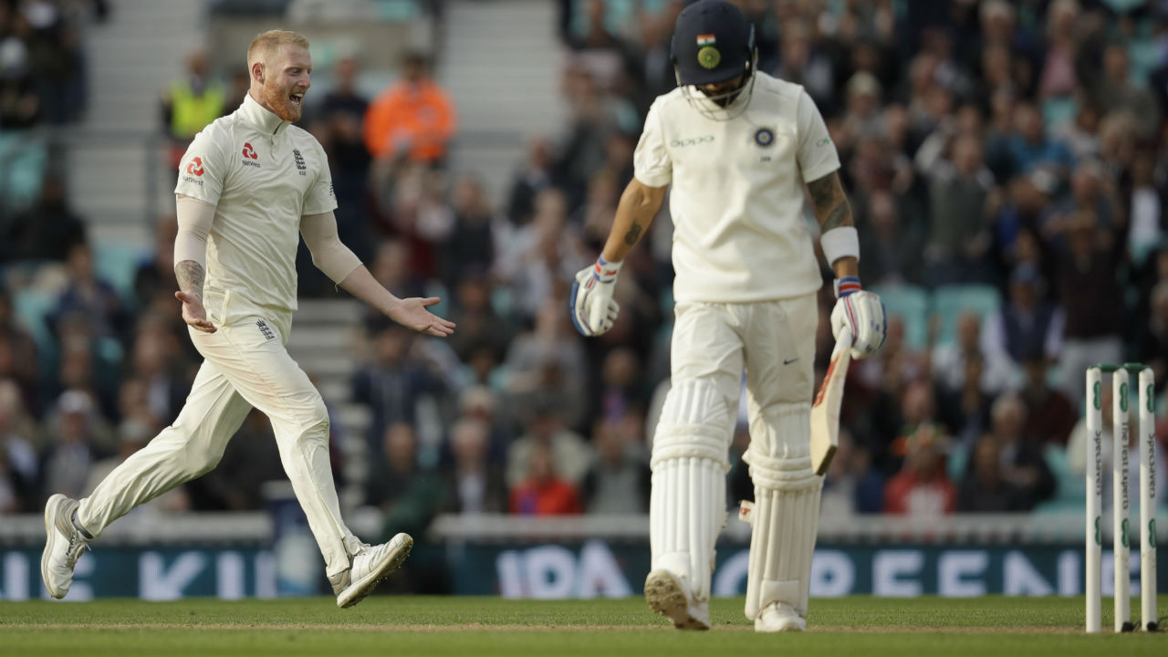 Kohli seemed to be the only hope once again for India but Stokes put an end to his innings when he drew Kohli into a drive which the Indian captain edged to Root. Kohli was out on 49 runs in the 47th over. Stokes struck again in his very next over as he got Rishabh Pant to edge a delivery straight to Cook in the slips. India ended the day at 176/6 trailing England by 158 runs. (Image: AP)