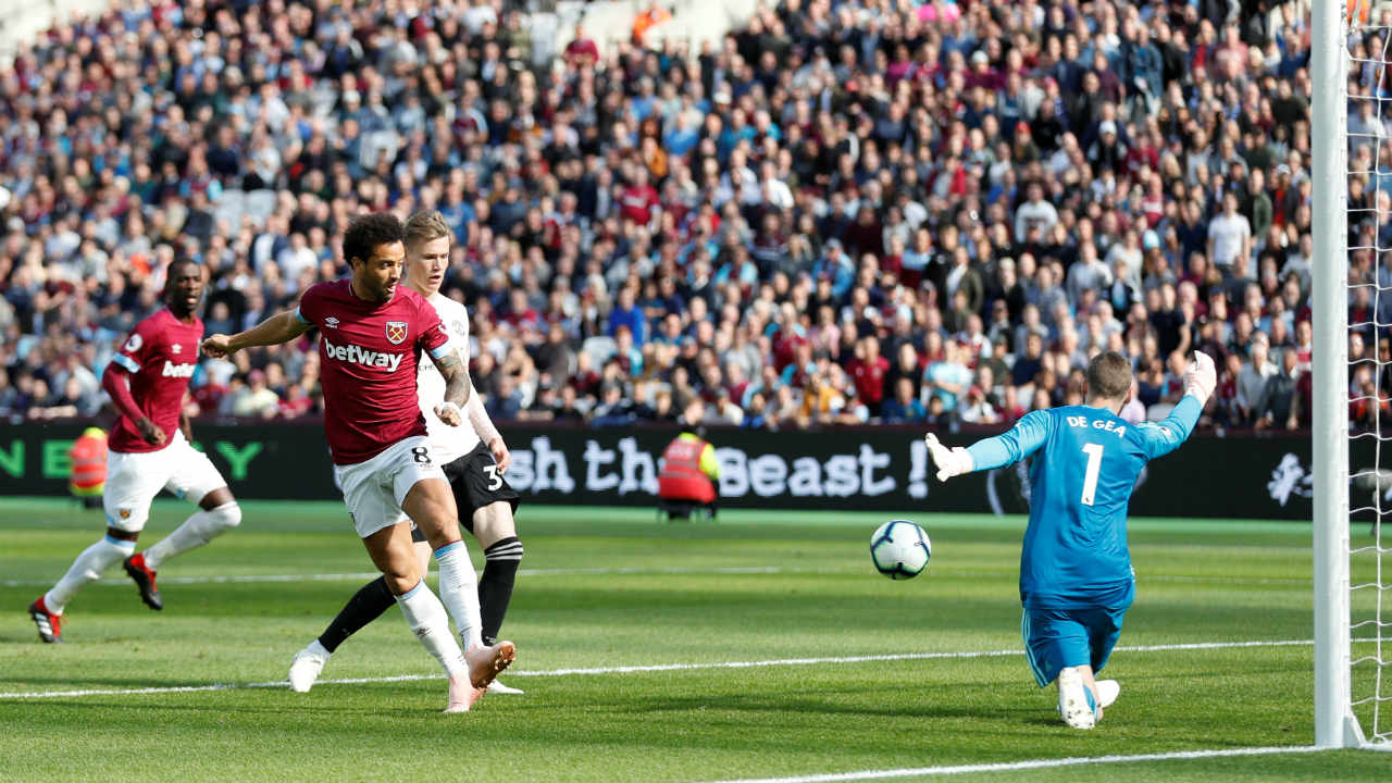 West Ham 3 – 1 Manchester United | Manchester United have now made their worst league start in 29 years as they were handed a 3-1 drubbing away to West Ham. The Hammers went ahead after just 5 minutes when Felipe Anderson scored with a clever back-heel. Andriy Yarmolenko doubled the lead when his shot deflected off Victor Lindelof in the 43rd minute. Marcus Rashford pulled one back from a corner in the 71st minute but Marko Arnautovic sealed the victory with a neat finish when he was played through by Mark Noble just three minutes later. (Image: Reuters)