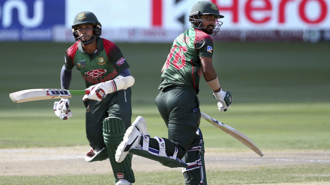Liton Das and Mehidy Hasan were opening together for Bangladesh for the first time and they came good on the big day as they plundered runs in first ten overs. Das was particularly severe on the bowlers as he completed his maiden fifty off just 33 balls in the 12th over. The duo completed a 100-run opening stand for The Tigers as the team raced to 102/0 in just 18 overs. (Image: AP)