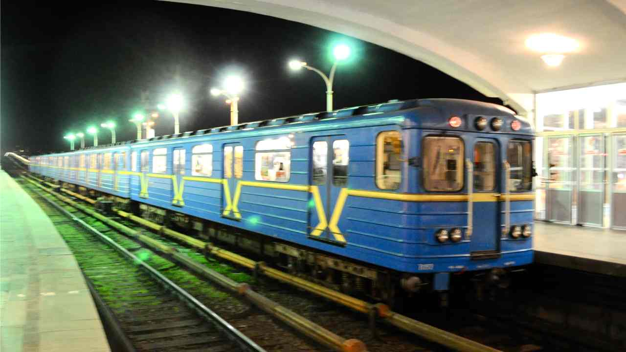 Kiev, Ukraine | At 8th spot stands Ukraine's capital city Kiev, where commuters have to spend 3 percent of their income for metro travel. (Image: WikiMedia Commons)