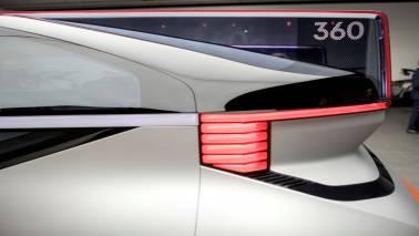 Volvo reveals new robo-taxi in race to autonomy