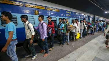 Opinion   Tension in Gujarat points to a migrant labour crisis across India