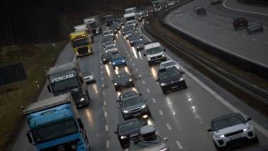 EU lawmakers to back 35% CO2 cut for trucks by 2030: Sources