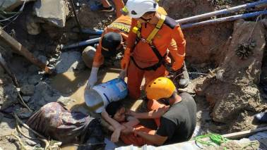 Indonesia trims tsunami death toll, hikes injury tally