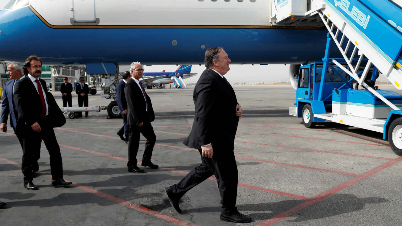 US Secretary of State Mike Pompeo prepares to leave after meeting with Turkish President Tayyip Erdogan, Ankara, Turkey. (Image: Reuters)