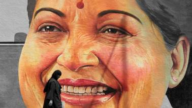 Madras HC seeks information on tax dues related to Jayalalithaa's home