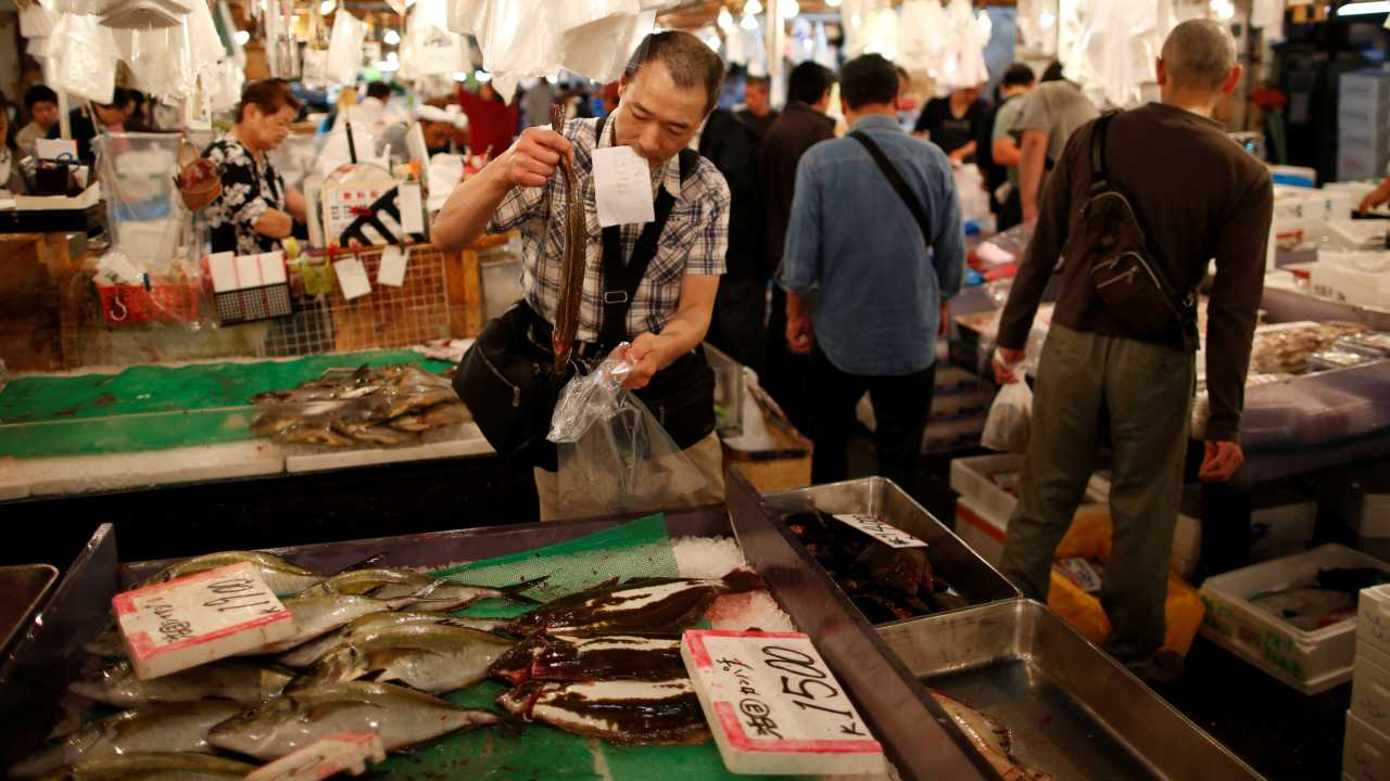 Tsukiji, on the other hand, will be levelled and used as a temporary parking lot for the 2020 Tokyo Olympics. City authorities are planning to run a beltway through the site to improve access from central Tokyo to the bay area, all preparations ahead of the Olympic Games. (Image: Reuters)