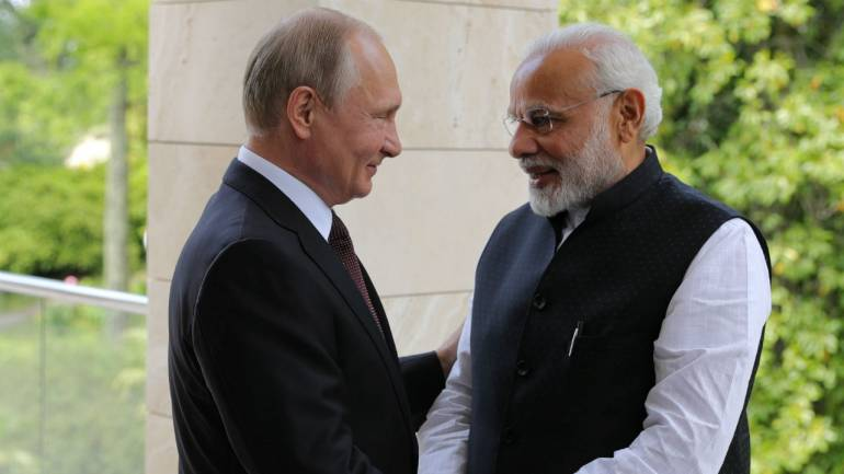 Chinese Wary as Putin Visits India for Arms Deal