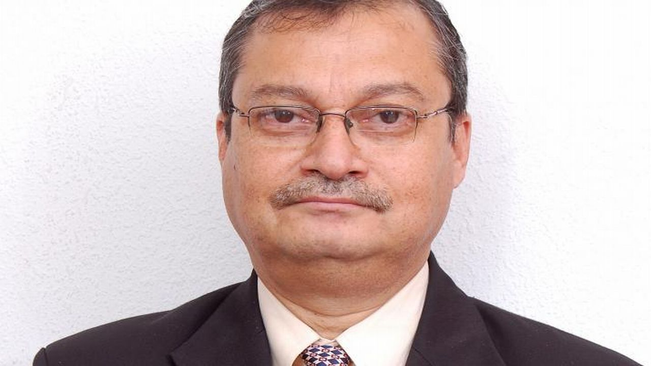 S K Roy | Life Insurance Corporation of India (LIC) : The former chairman of LIC took up the position in 2013, only to retire under the Voluntary Retirement Scheme (VRS) in 2016, a whole two years before the completion of his tenure. Roy was allegedly involved in questionable investments in the realty firm Unitech from 2008 to 2009. The company defaulted on a Rs 200 crore loan in December 2013 provided by LIC. (Image: PTI)
