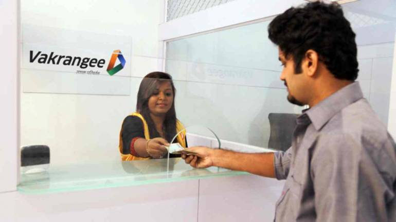 Vakrangee climbs 5% after EOW gives clean chit on price, volume manipulation complaint 1